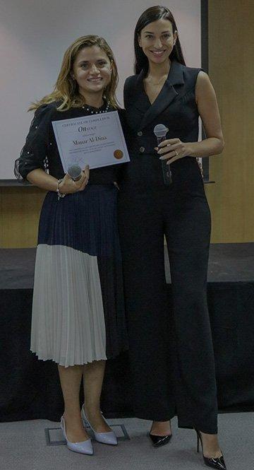 Shereen Mitwalli Best Public Speaker presenting Public Speaking Masterclass Certificate