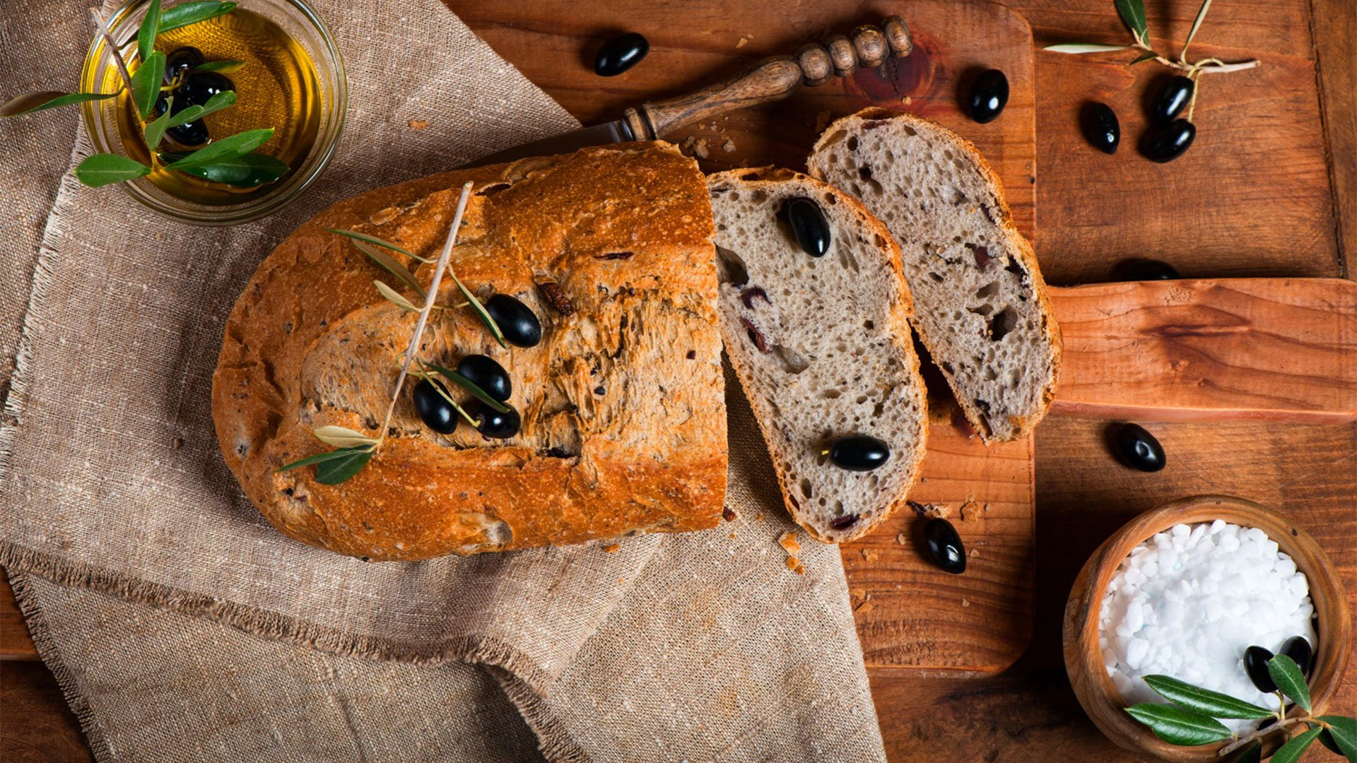 How to make the easiest olive bread